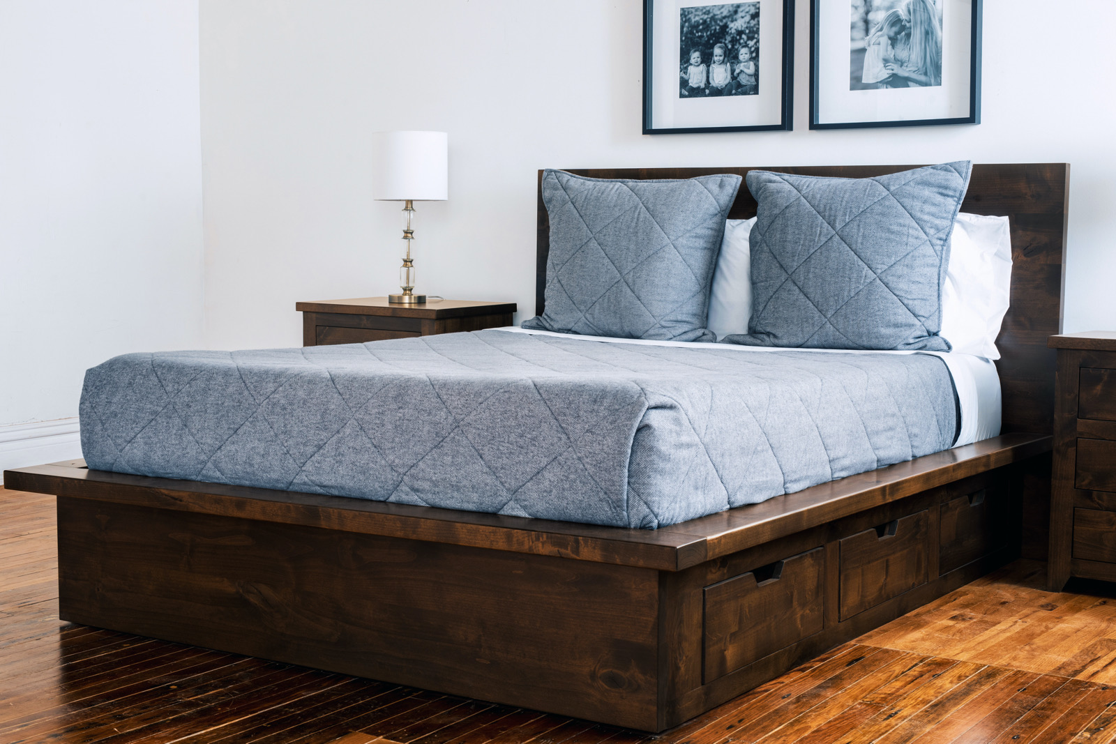 Quality wood furniture bed