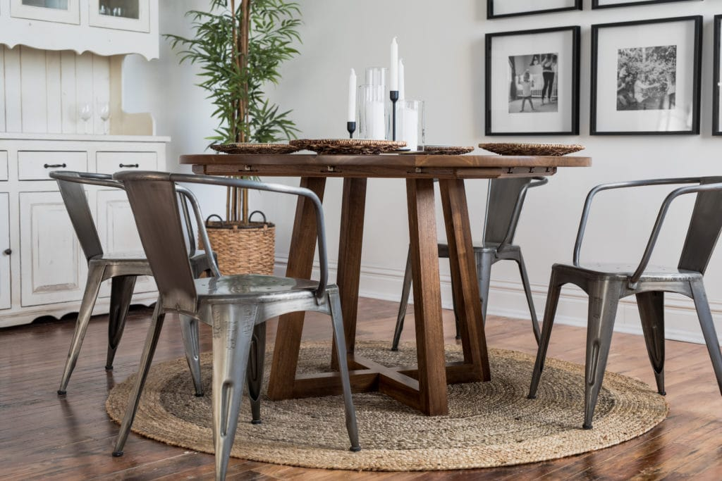 picking a dining room set
