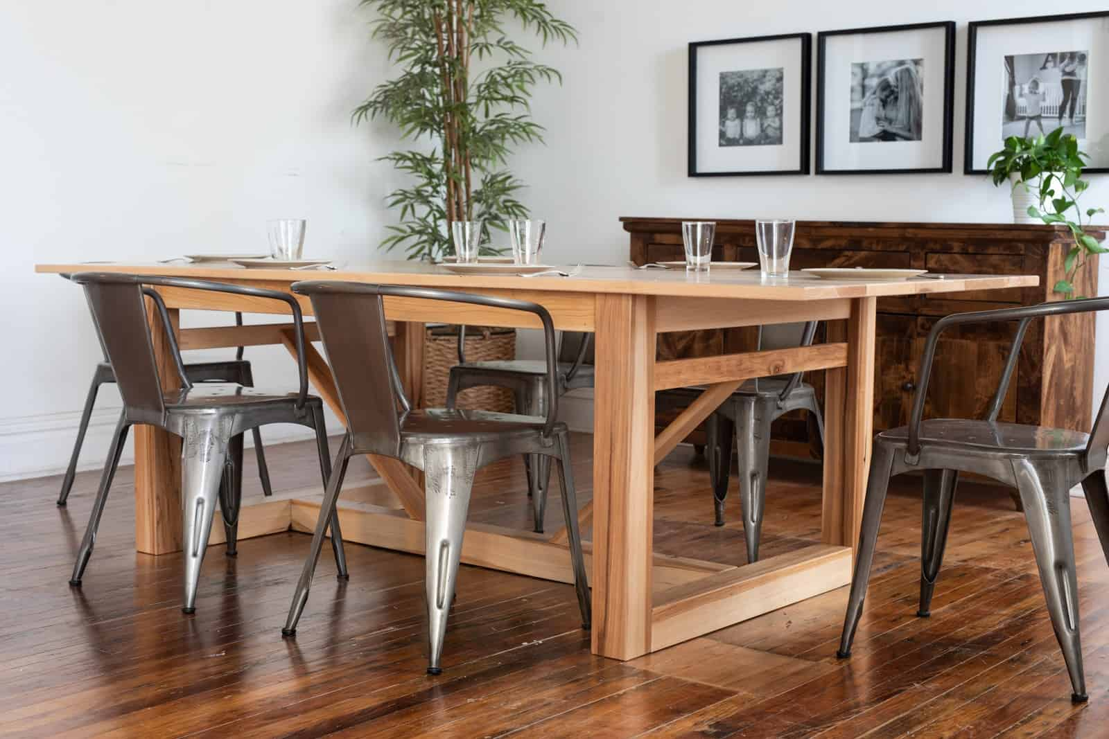 Unruh's Barnyard Table for the kitchen or dining room