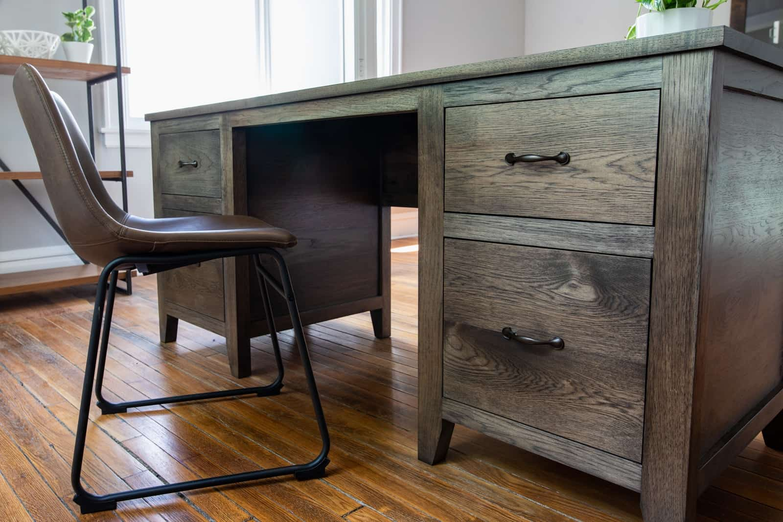 Unruh's Custom Hardwood Briar Desk