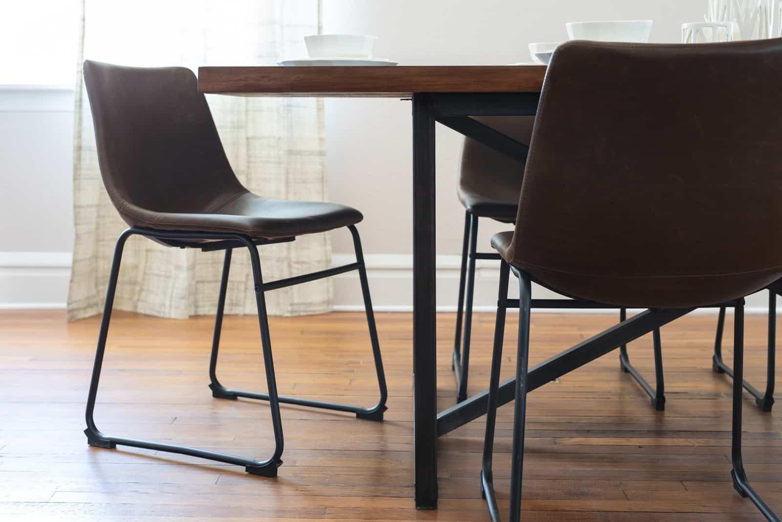 Unruh's Sedona Table