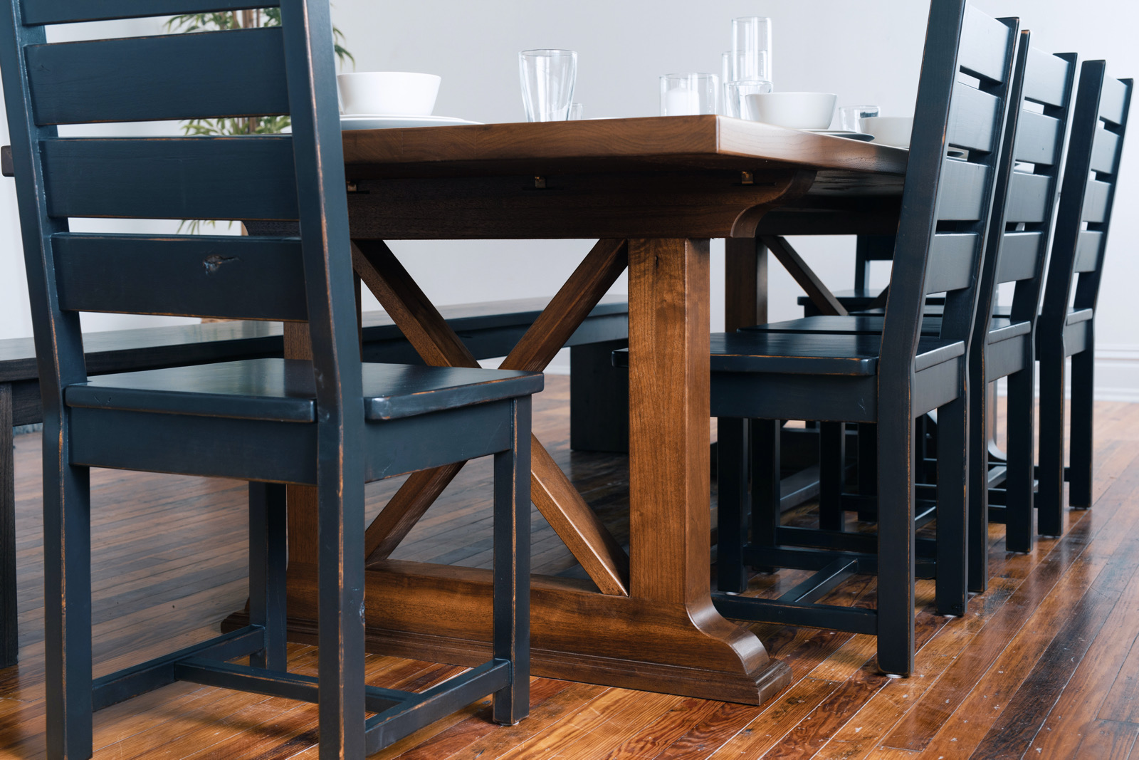 Holton Trestle Table